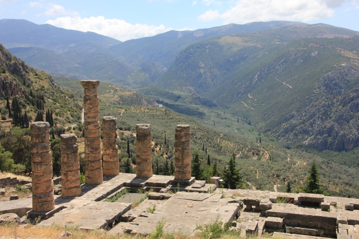 Exploring the Historical and Mythical Delphi: The Center of the Ancient Greek World