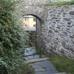 lovely and romantic stone archways in the Fredriksberg Fortress
